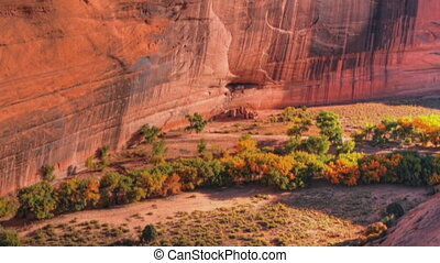 Canyon de Chelly White House Ruins slow pan