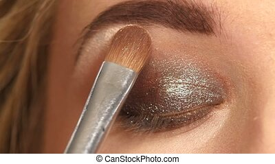 Makeup Make-up Eyeshadows Eye shadow brush Close up - Makeup...