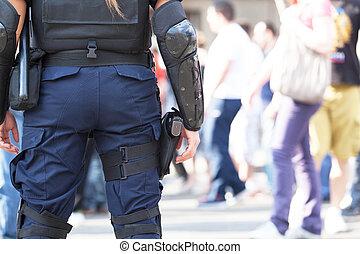 mujer policía,