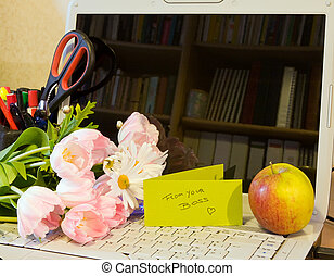 Secretary day flowers - Office desk with flowers for...