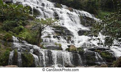 Mae Ya waterfall - Mae Ya waterfall in Doi Inthanon National...