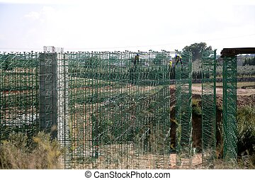 Building scaffolding for formwork, railway construction