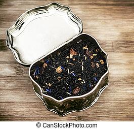 aromatized tea - old can of aromatized tea