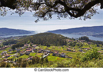 Sotomayor and Vigo Estuary - Panoramic view of Sotomayor and...