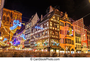 Buildings near Strasbourg Cathedral before Christmas -...