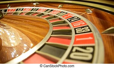 roulette wheel spinning clockwise rotation details