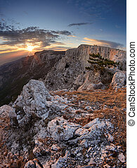 Plateau Ai-Petri in sunset - The magnificent view from...
