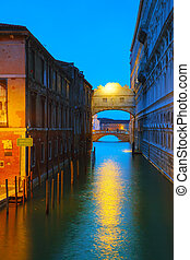 Bridge of sighs in Venice, Italy at the night time
