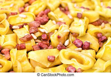 bacon pasta closeup cappelletti