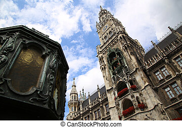 Town Hall Rathaus in Marienplatz, Munich, Germany