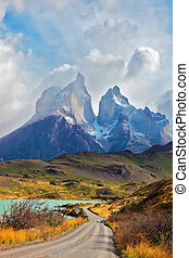 Majestic peaks of Los Kuernos - Summer day in the national...