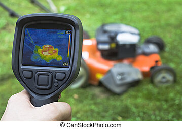 Lawnmower Infrared - thermal image of Lawnmower
