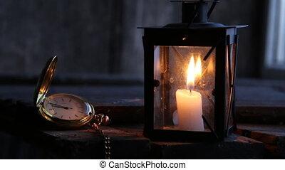 twelve o'clock o'clock idea - Twelve o'clock idea, Lantern...