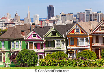 Painted ladies from Alamo square and SF skyline - Painted...