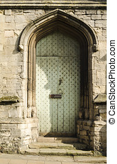門口, 教堂