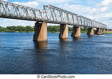 Petrivskiy, 鐵路, 橋梁, 在, Kyiv, (Ukraine), 橫跨,...
