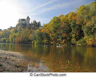 Castle Montfort , Dordogne river - Valley of Dordogne ;...