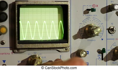 Adjusting Signal Oscilloscope - Radio master engineer...