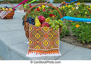 Basket fruit - Fruit basket at the festival healthy and...