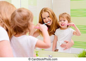 刷, 孩子, 女儿, 她, 家庭, 母親, 牙齒, 牙刷, 愉快