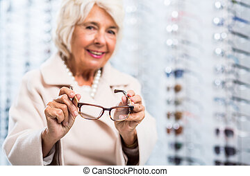 Lady with eye disorder - Picture of lady with eye disorder...