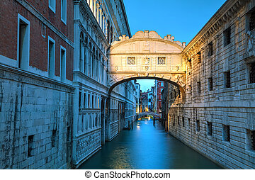 Bridge of sighs in Venice, Italy at the sunrise