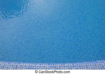 Schwimmbad im Sommer