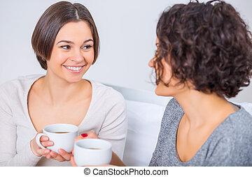 dos, joven, hermanas, bebida, tea.,