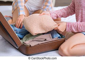 hermanas, embalaje, equipaje, dos
