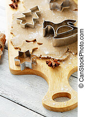 gingerbread cookies and cutters, food xmas