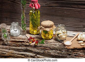 Marinate garlic