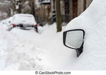 First snow storm of the season hits Montreal, Canada -...