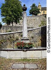 Obelisk - NEUCHATEL, SWITZERLAND - CIRCA JULY 2015 Obrlisk...