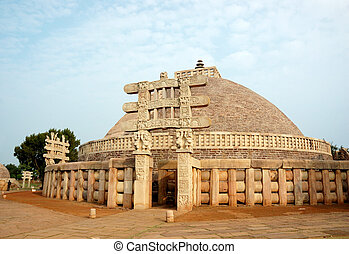 Ancient Great Stupa in Sanchi,India - Great Stupa at Sanchi...