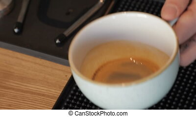How to make latte art by barista