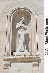 St Francesco statue