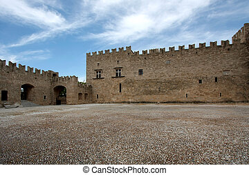 Castle in Rodos - Walking in medieval Rhodes island