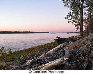 Mississippi River, Memphis, TN - The Mississippi River at...