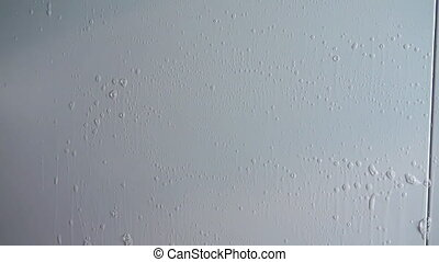 Wash the walls of refrigerator and clean it. - The...