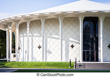 Beckman Auditorium on the Caltech campus, Pasadena, CA