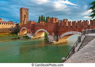 Castelvecchio at sunset in Verona, Italy. - Castelvecchio at...