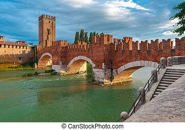 Castelvecchio at sunset in Verona, Italy - Castelvecchio at...