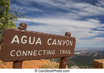 Agua Canyon sign in Bryce Canyon