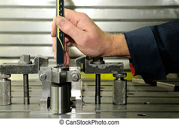 Check measurment by caliper - Check measurement of blank in...