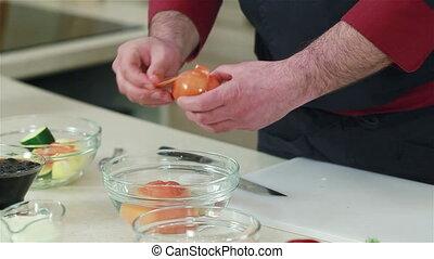 räcker, skala, tomaten, efter, Vatten, blöta upp,