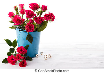 Pink Roses in a backet - Pink roses in a backetBackground