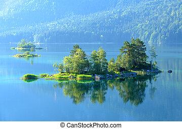 Eibsee - Fantastic sunrise on mountain lake Eibsee, located...