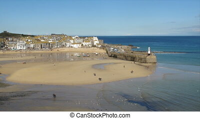 St. Ives harbour beach time lapse.