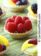 rasberry fruit tart - mini fruit tart. Very tasty dessert...