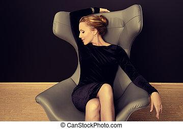 elegant woman - Portrait of a stunning fashionable model...